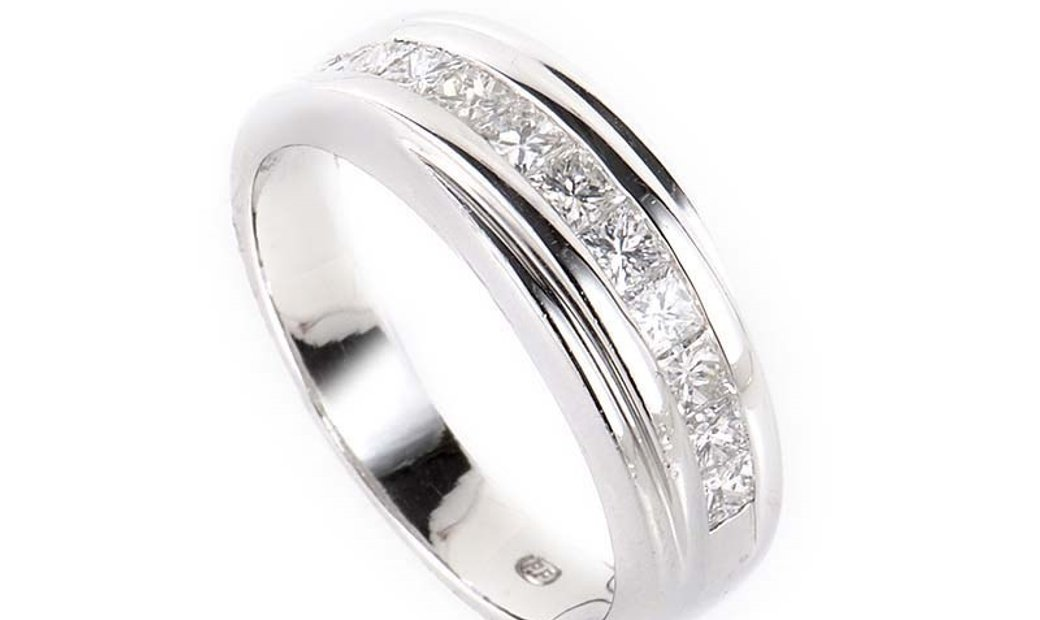 Non Branded ~1ct 18K White Gold Channel Set Diamond Band Ring