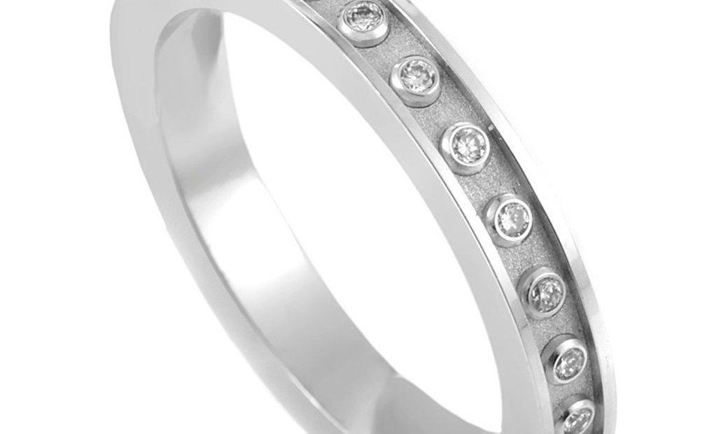 Carrera y Carrera Carrera y Carrera Mi Princesa 18K White Gold & Diamond Wedding Band