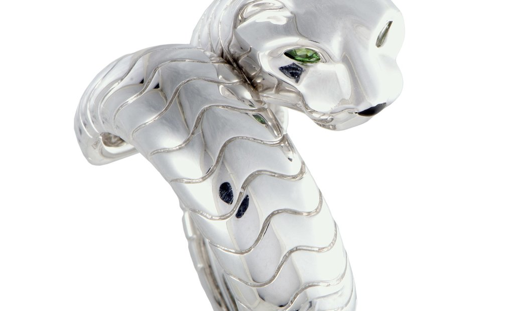 Cartier Cartier Panthere 18K White Gold Tsavorite and Onyx Band Ring
