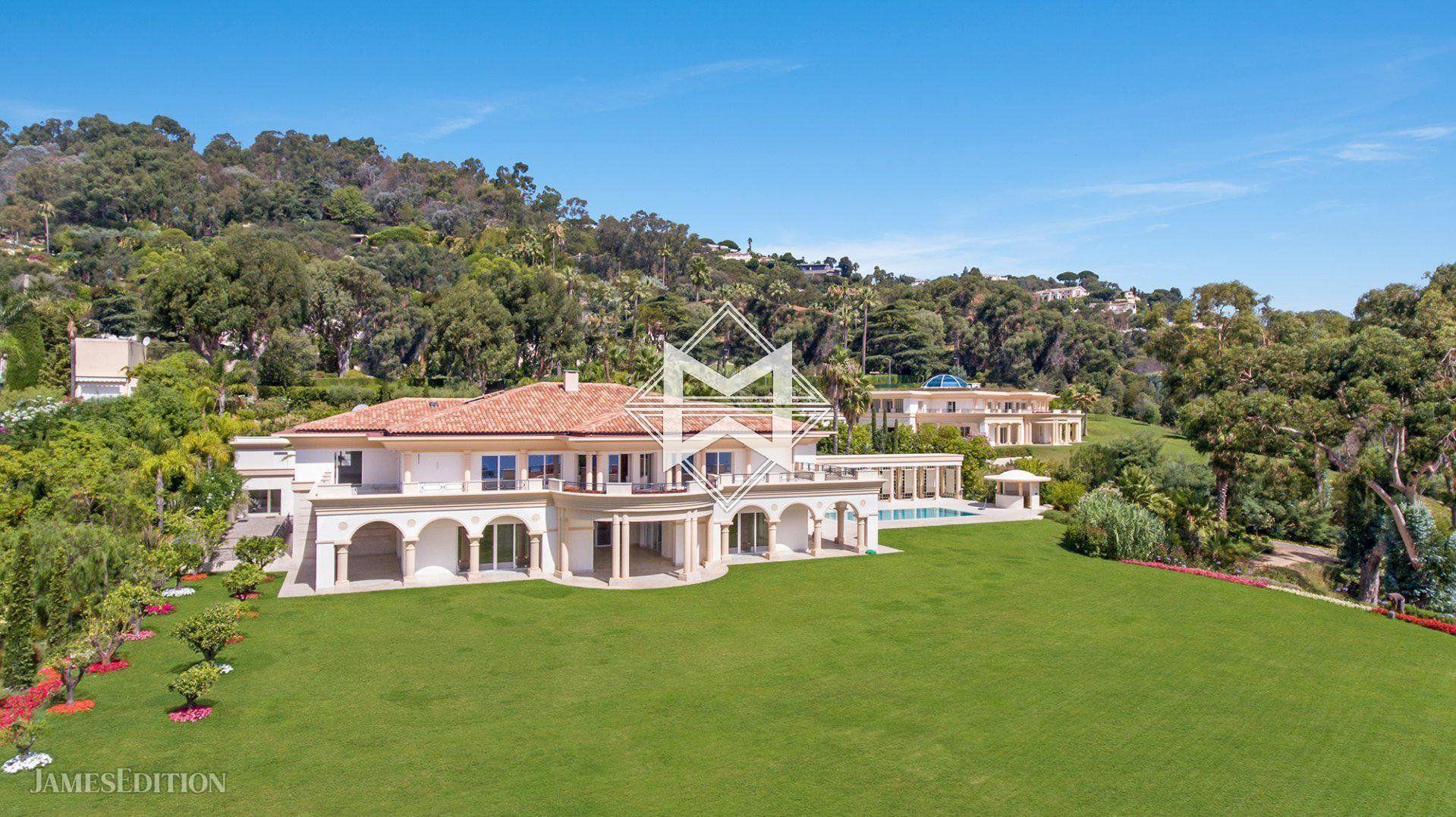 Villa in Cannes, Provence-Alpes-Côte d'Azur, France 1 - 10671562
