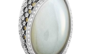 Carrera y Carrera Carrera y Carrera Sierpes Maxi 18K White Gold 1.65 ct Diamond and Moonstone Ring