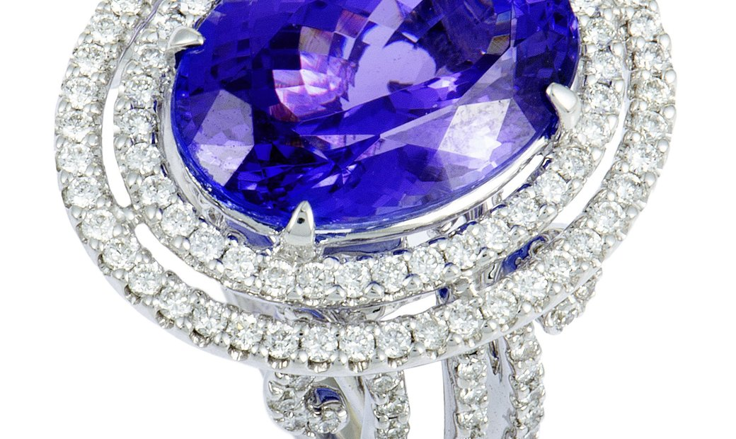 Non Branded 18K White Gold Diamond and Tanzanite Large Oval Ring