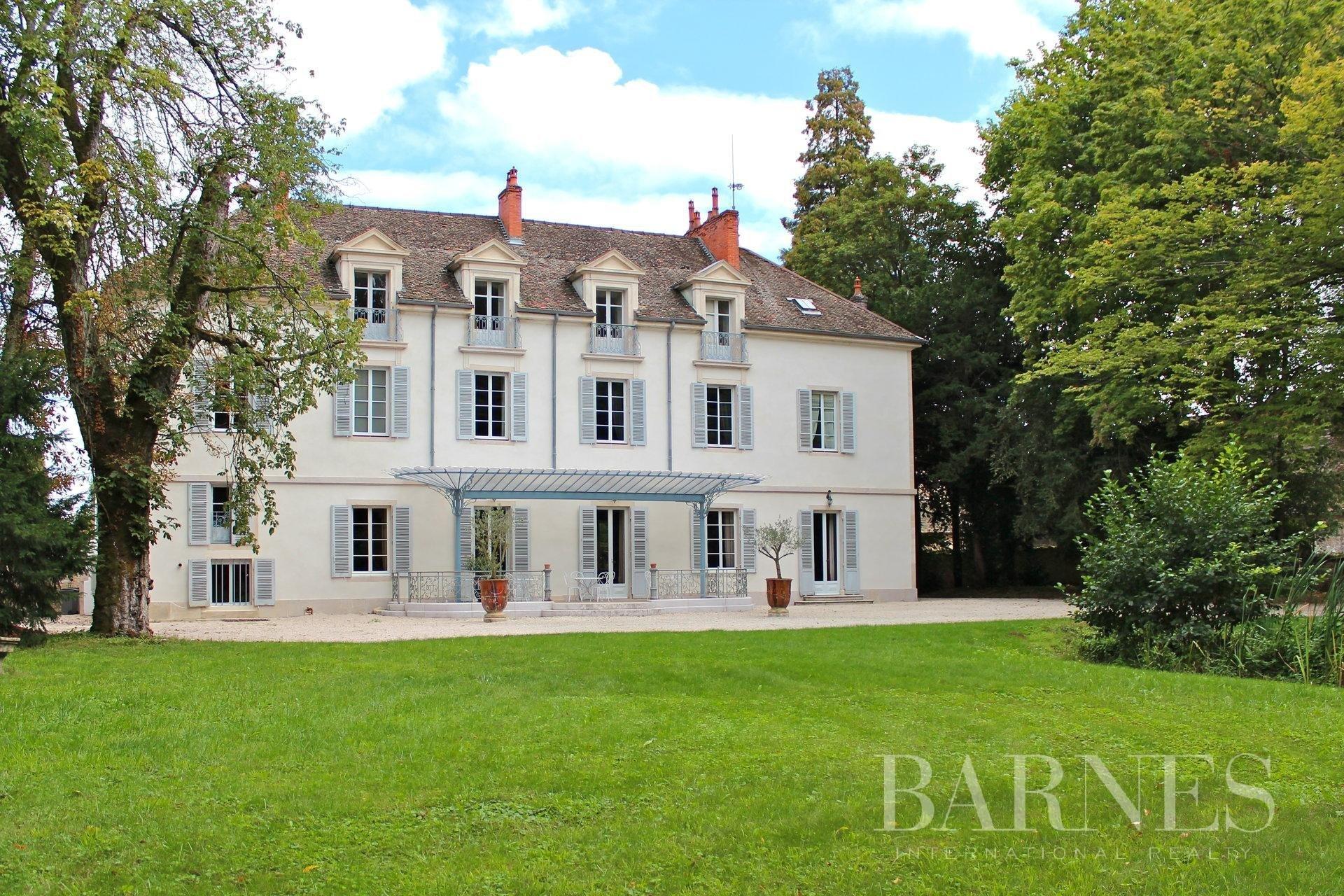 Castle in Beaune, Bourgogne-Franche-Comté, France 1 - 10717667