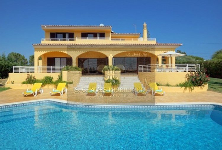 House in Olhos de Água, Algarve, Portugal 1
