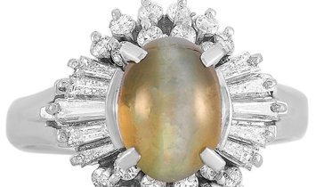 LB Exclusive LB Exclusive Platinum 0.78 ct Diamond and Cat's Eye Ring