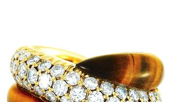 LB Exclusive LB Exclusive 18K Yellow Gold 1.20 ct Diamond and Cat's Eye Ring