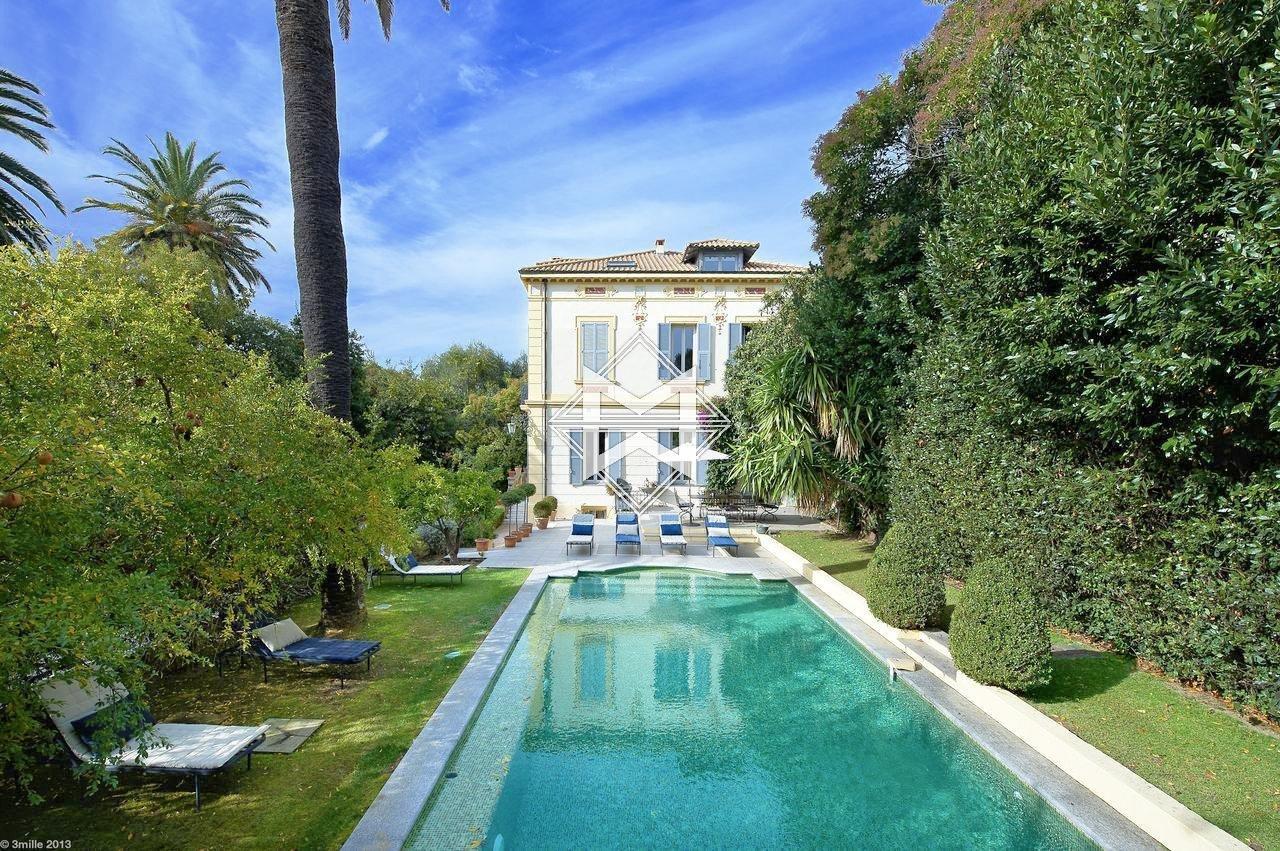 Villa in Cannes, Provence-Alpes-Côte d'Azur, France 1 - 10955366