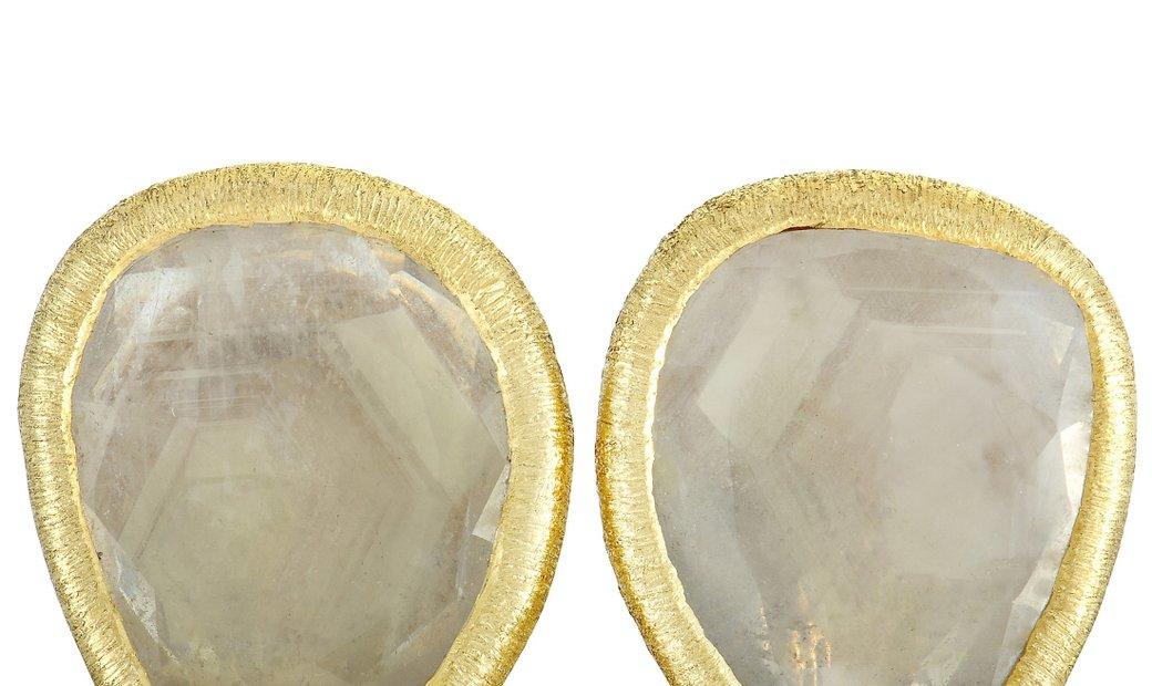 Yvel Yvel 18K Yellow Gold Green Sapphire Clip-On Earrings