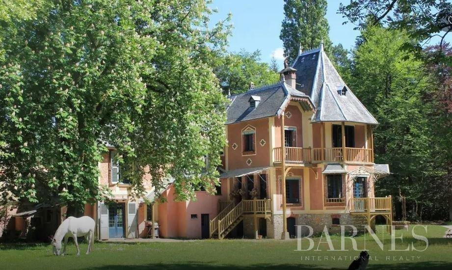 House in Montfort-l'Amaury, Île-de-France, France 1