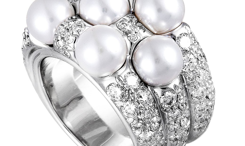 Mikimoto Mikimoto 18K White Gold Diamond and 6.0-6.5mm 7 Akoya Pearls Ring