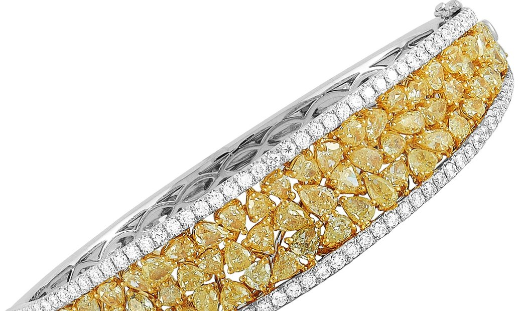 LB Exclusive LB Exclusive 18K White Gold 11.00 ct White and Yellow Diamond Bracelet