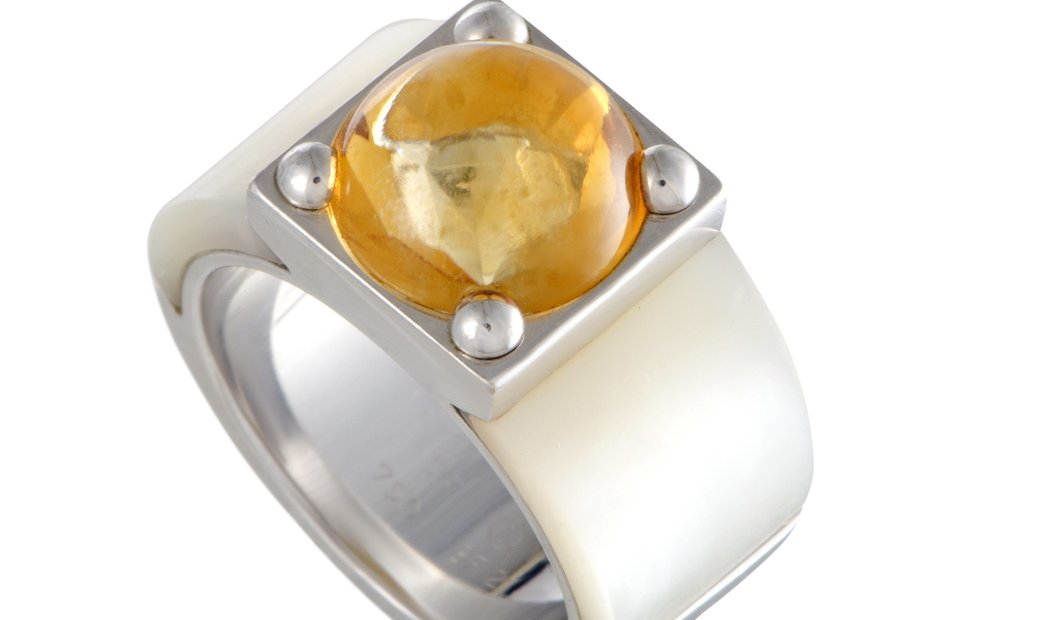 Van Cleef & Arpels Van Cleef & Arpels 18K White Gold Mother of Pearl and Citrine Cabochon Ring