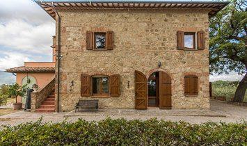 Farm Ranch in Chiusi, Tuscany, Italy 1