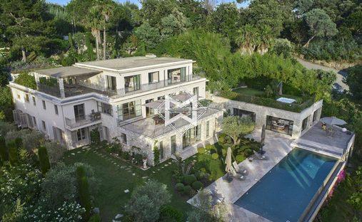 House in Cannes, Provence-Alpes-Côte d'Azur, France