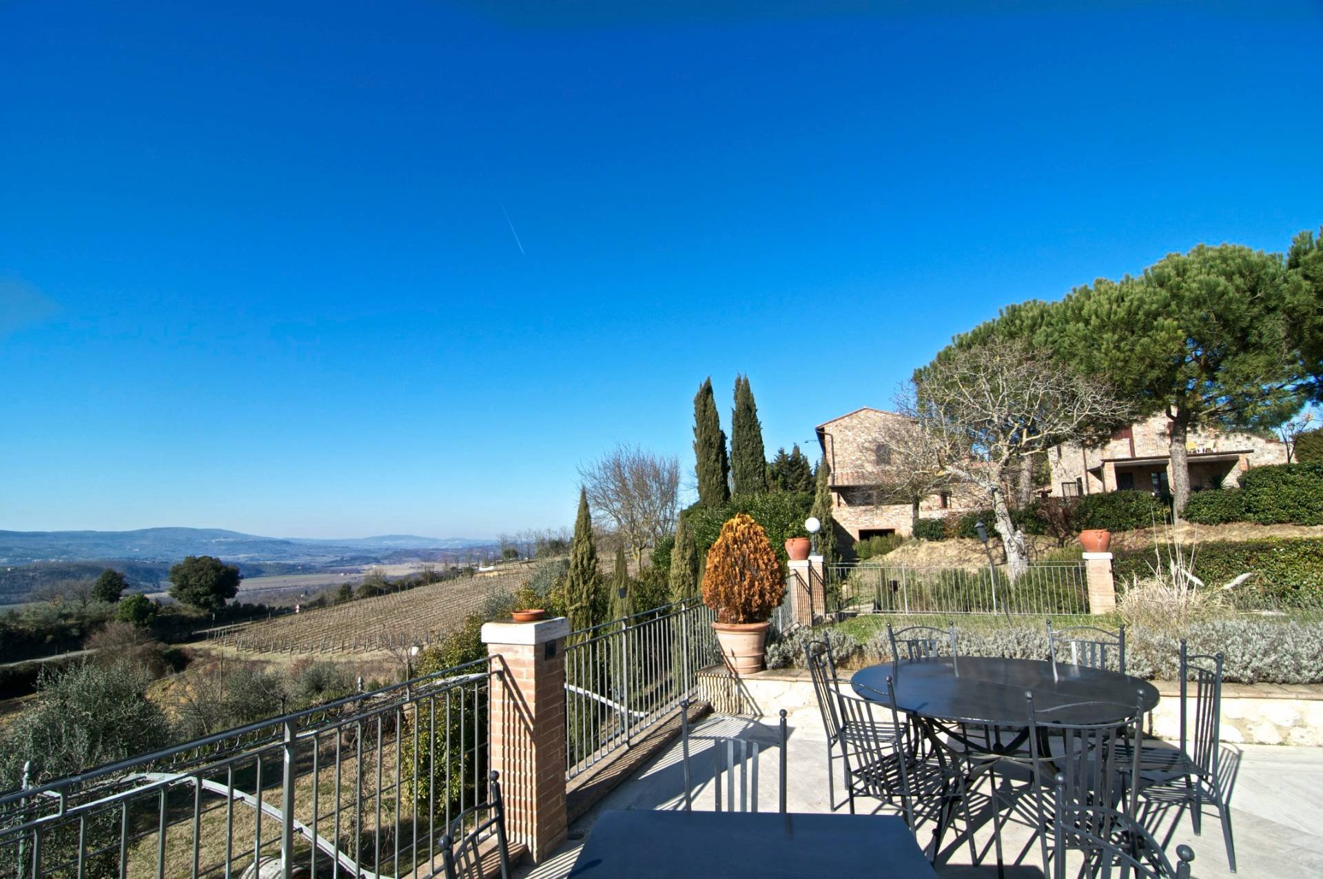 Farm Ranch in Umbria, Italy 1 - 10702478