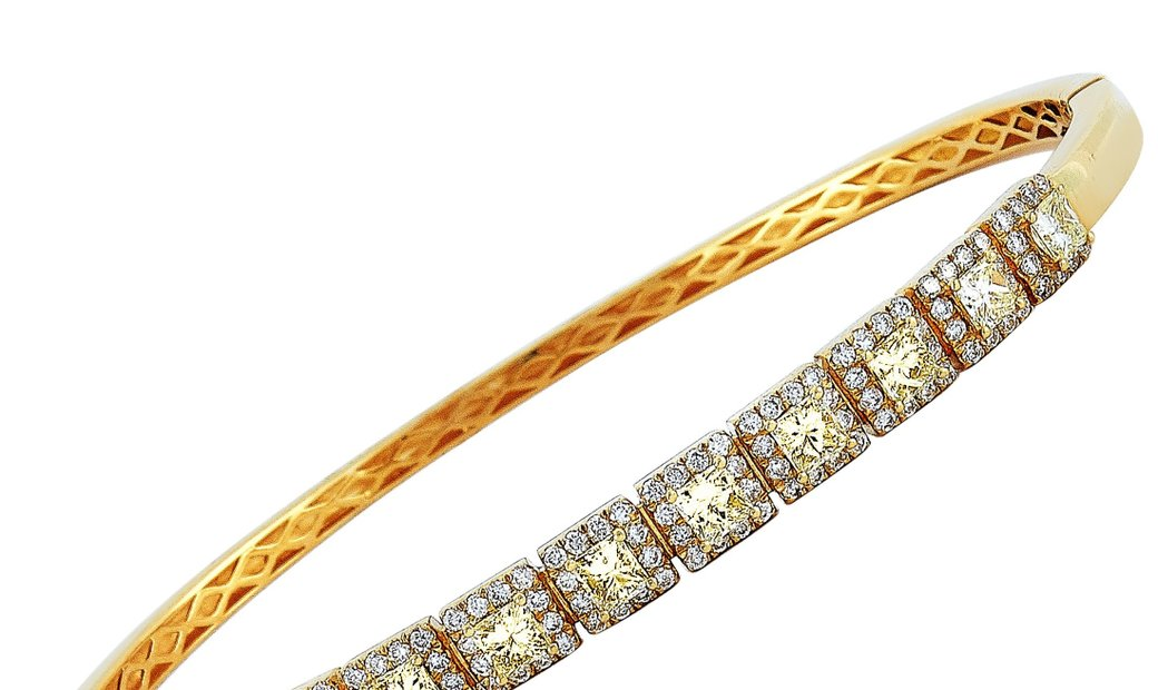 LB Exclusive LB Exclusive 18K Yellow Gold 2.15 ct White and Yellow Diamond Bracelet