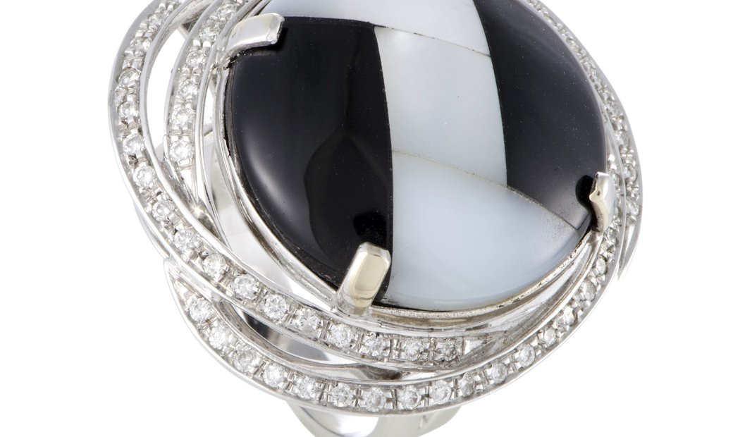 Non Branded Italian Collection 18K White Gold Diamond Onyx and Mother of Pearl Ring