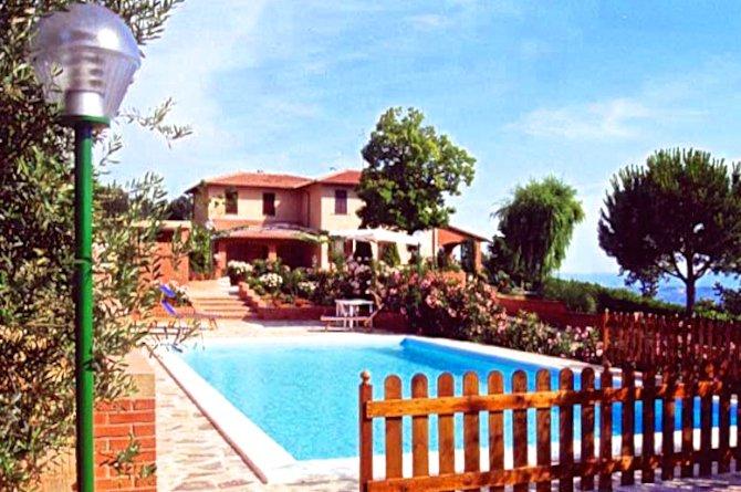 Umbria, Italy 1 - 10702476