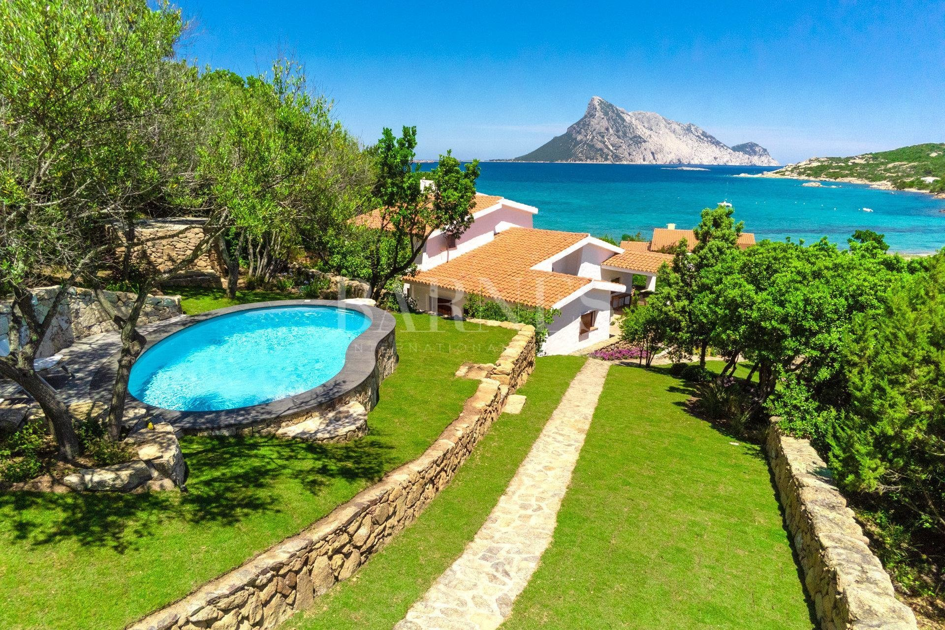 Villa in Cala Girgolu, Sardinia, Italy 1 - 10991010