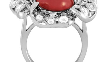 LB Exclusive LB Exclusive 18K White Gold Diamond and Coral Ring
