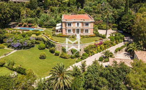 Villa in Cannes, Provence-Alpes-Côte d'Azur, France