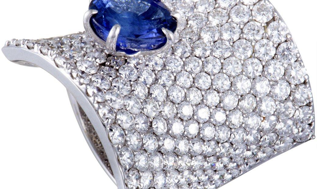 Stefan Hafner Stefan Hafner 18K White Gold Diamond Pave and Sapphire Curved Ring