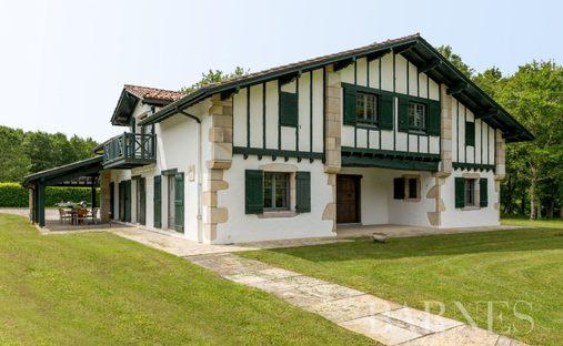 House in Saint-Pée-sur-Nivelle, Nouvelle-Aquitaine, France