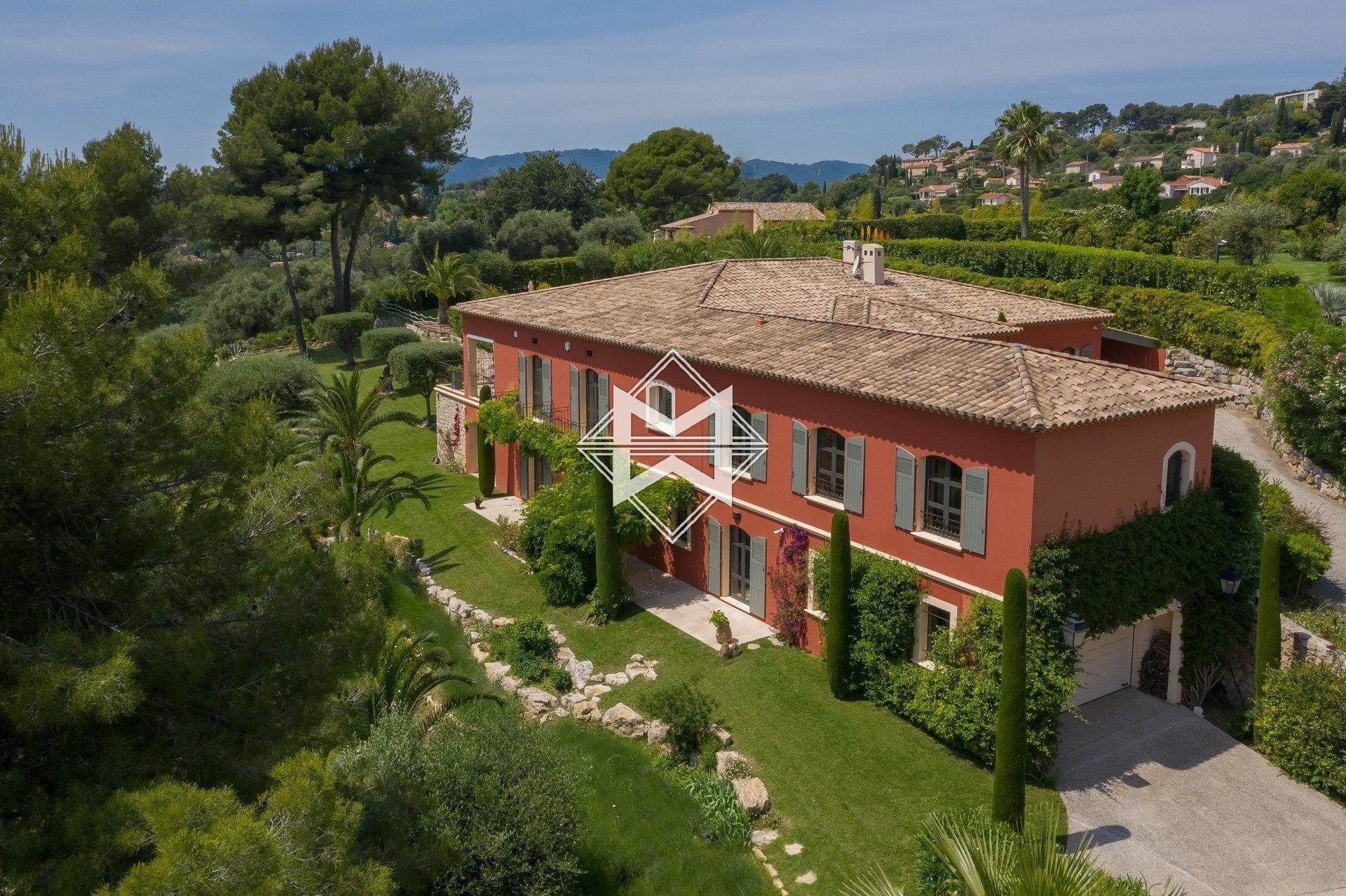 House in Mougins, Provence-Alpes-Côte d'Azur, France 1 - 10974125