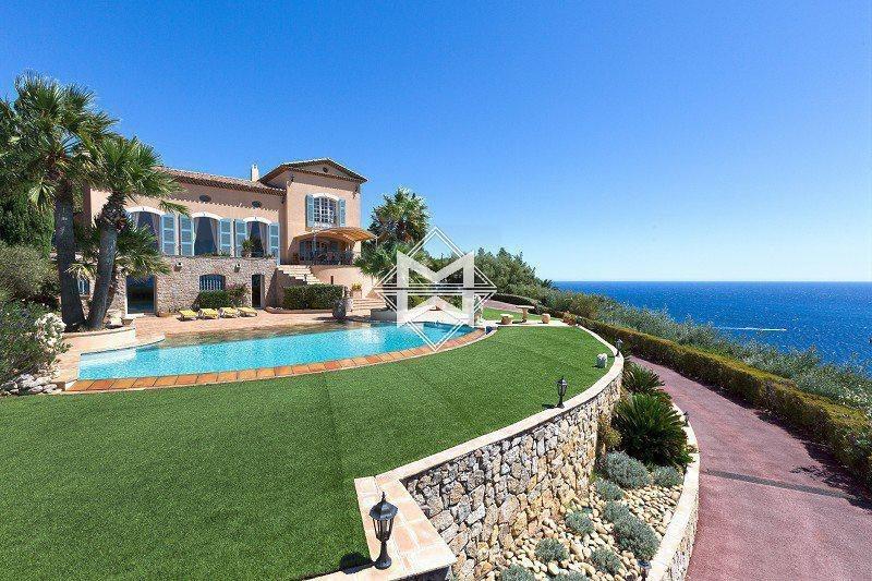 House in Saint-Raphaël, Provence-Alpes-Côte d'Azur, France 1 - 10525741