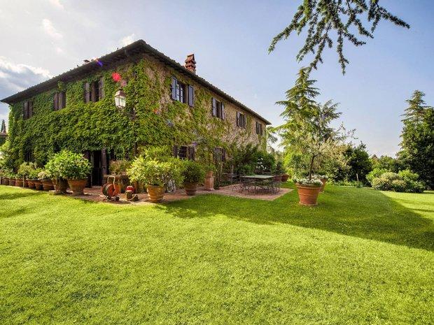 Farm Ranch in Figline e Incisa Valdarno, Tuscany, Italy 1