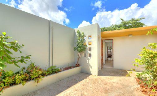 House in Santurce, San Juan, Puerto Rico