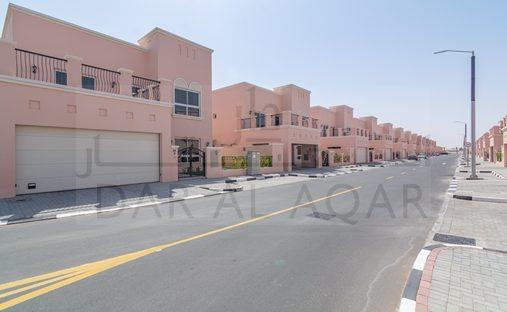 Villa in Nad Al Sheba, Dubai, United Arab Emirates