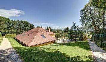 Villa in Gex, Auvergne-Rhône-Alpes, France 1