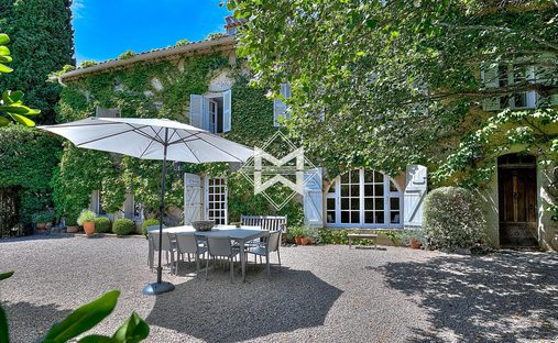 House in Valbonne, Provence-Alpes-Côte d'Azur, France