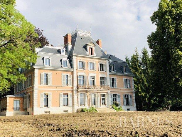 Apartment in Chevry, Auvergne-Rhône-Alpes, France 1