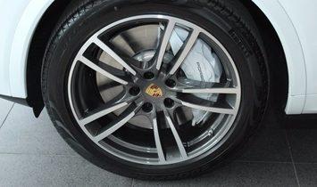 Porsche Cayenne CoupeTurbo