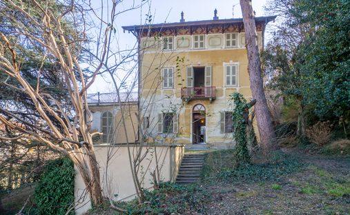 House in Cavour, Piemonte, Italy