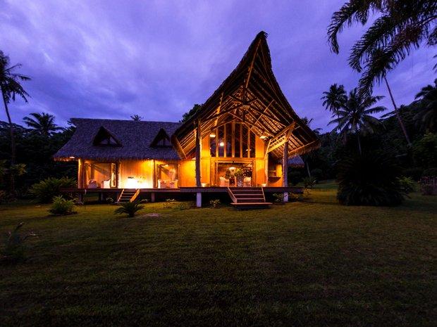 House in Iripau, Leeward Islands, French Polynesia 1