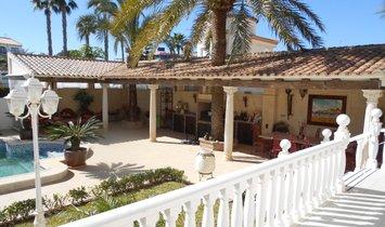 Villa in Playa Flamenca, Land Valencia, Spanien 1