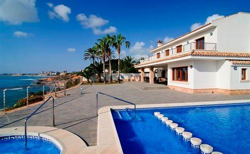 Villa in Cabo Roig, Comunidad Valenciana, Spain