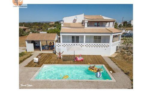 House in Fuseta, Faro District, Portugal
