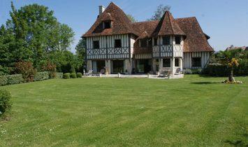 Дом в Довиль, Нормандия, Франция 1