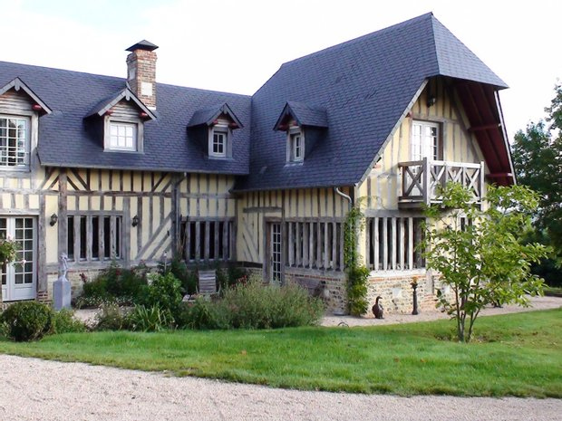 House in Pont-l'Évêque, Normandy, France 1