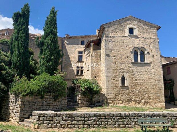 Viens, Provence-Alpes-Côte d'Azur, France 1