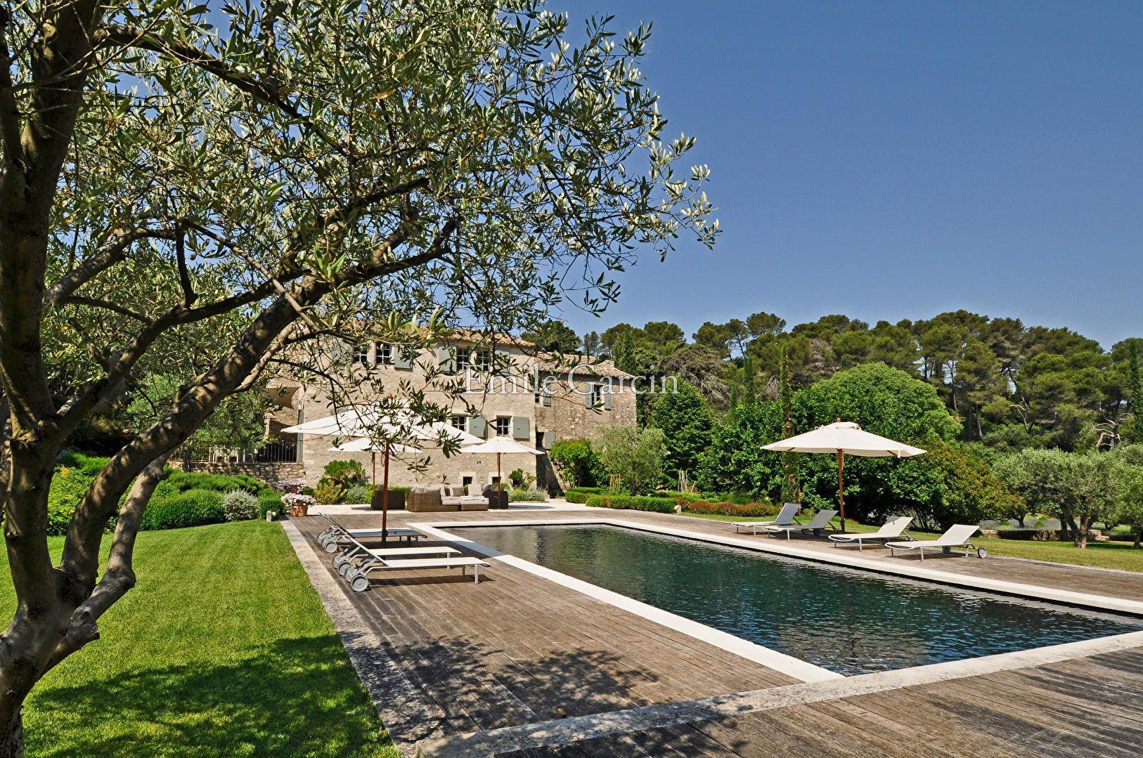 Saint-Rémy-de-Provence, Provence-Alpes-Côte d'Azur, France 1