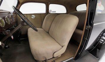 1938 Ford Standard Tudor Sedan