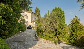 House in Bergamo, Lombardy, Italy 1