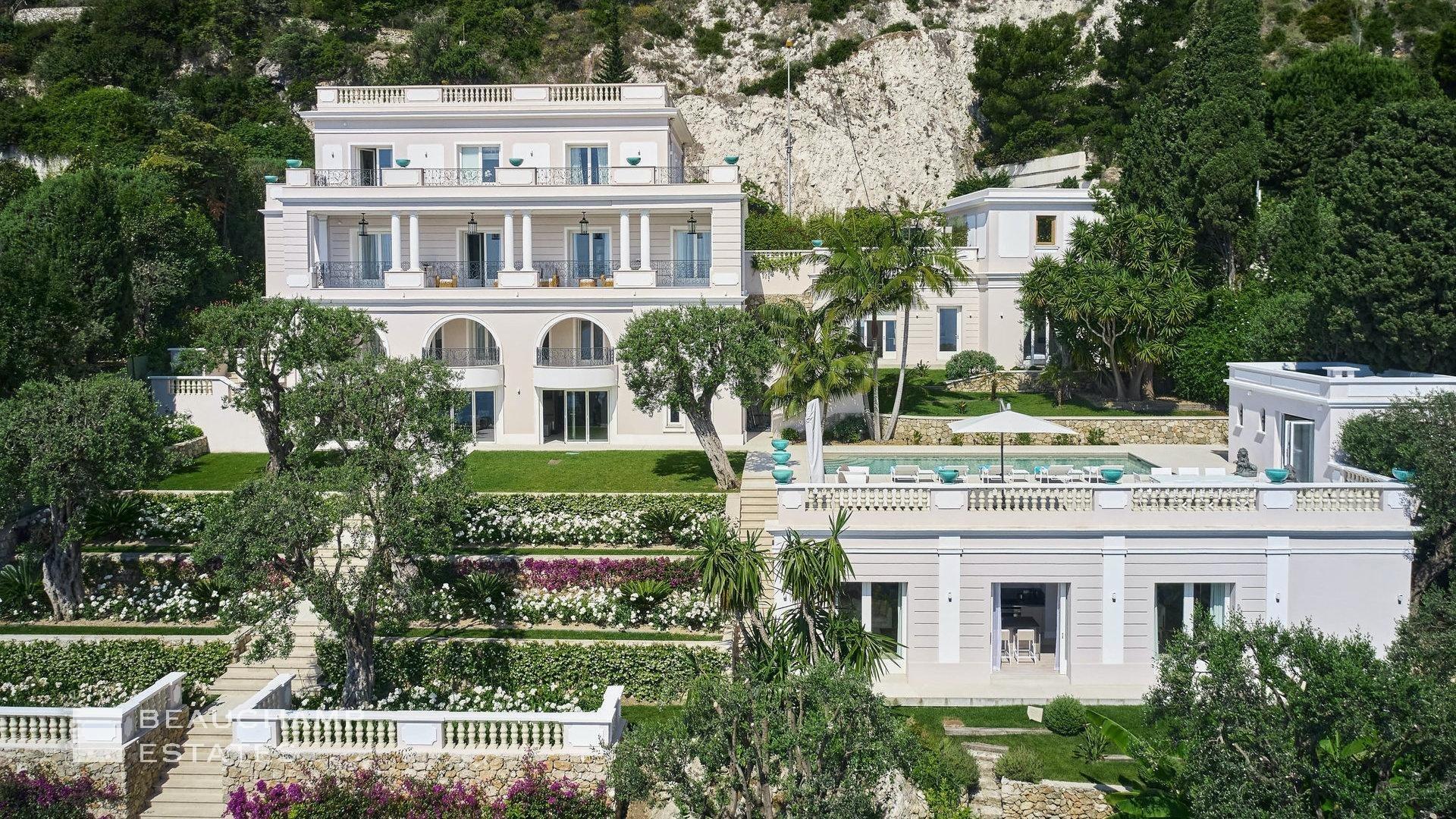 Villa in Saint-Jean-Cap-Ferrat, Provence-Alpes-Côte d'Azur, France 1 - 11016154