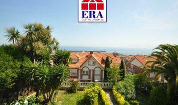 Villa a Castro-Urdiales, Cantabria, Spagna 1