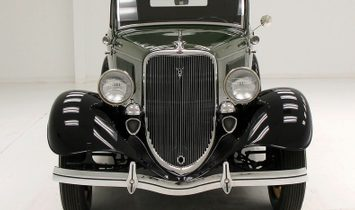 1933 Ford Cabriolet